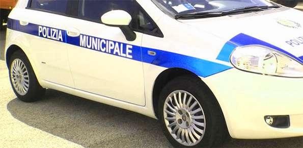 polizia-municipale-auto