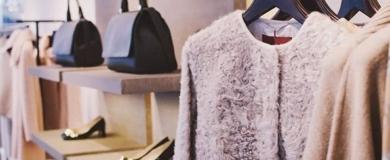 S Boutique Vendita Negozio Moda