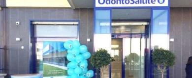 Odontosalute: lavoro per Assistenti alla Poltrona, Dentisti, Odontotecnici