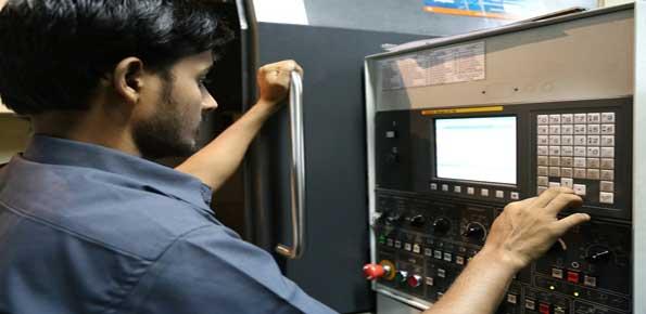 tecnico impianti industriali
