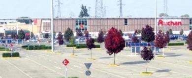 centro commerciale san rocco al porto