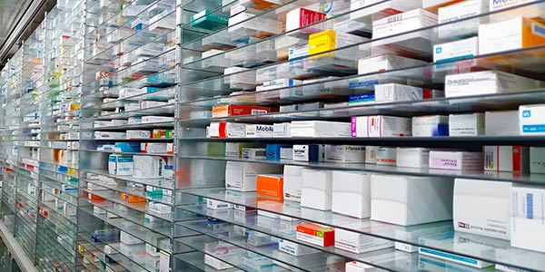 farmaci, farmacia, farmacisti